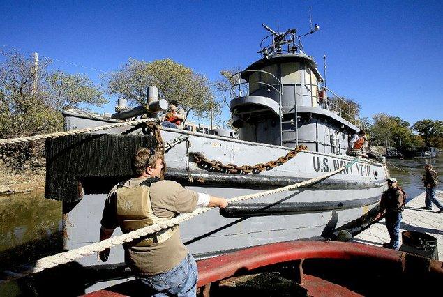 Pearl Harbor Tug Arrives at Arkansas Inland River Museum