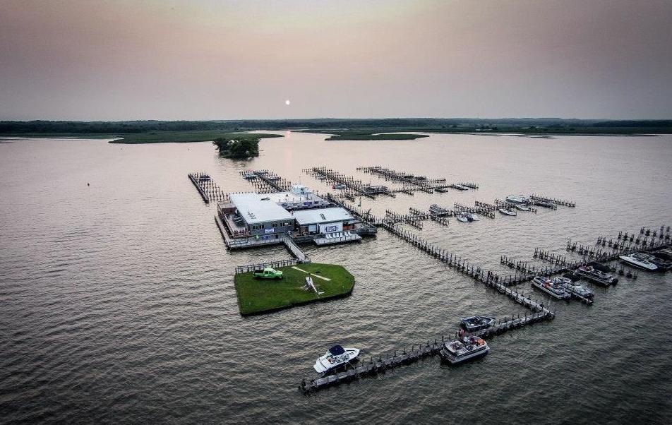 The Illinois Chain O' Lakes