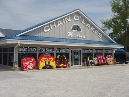 Chain o Lakes Marina