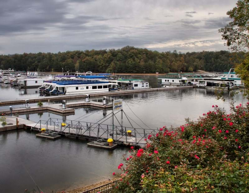 Holly Bay Marina in Frankfort, Kentucky