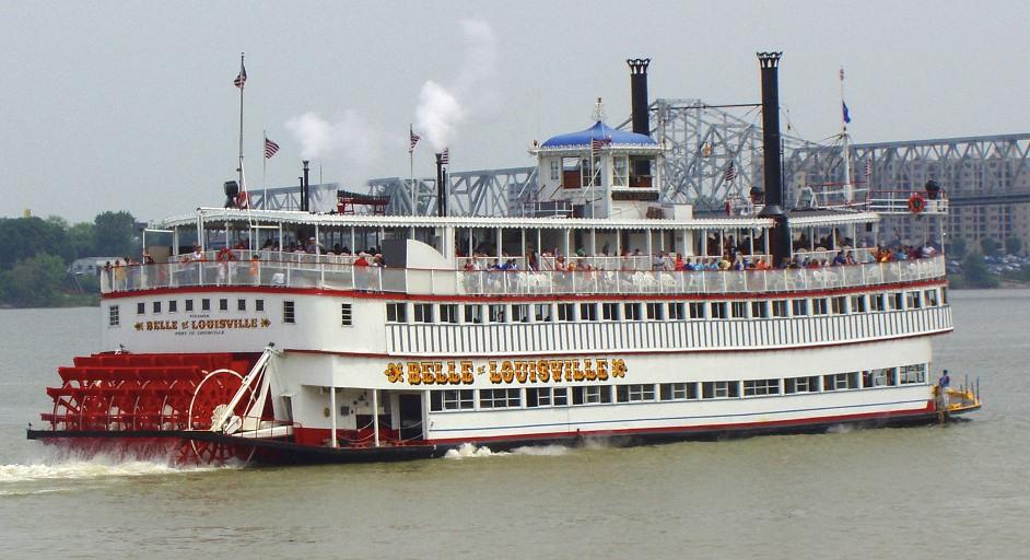 Belle of Louisville under power.